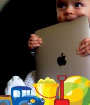 Baby_with_iPad